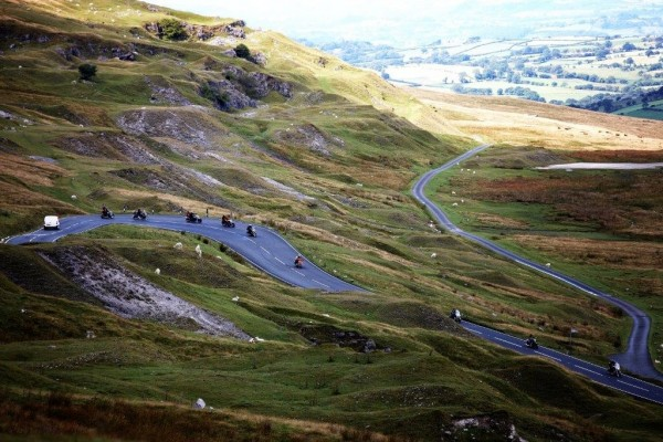 w-meandering_road_in_brecon_beacons_with_motorbikes_-_copyright_tirc83.jpg